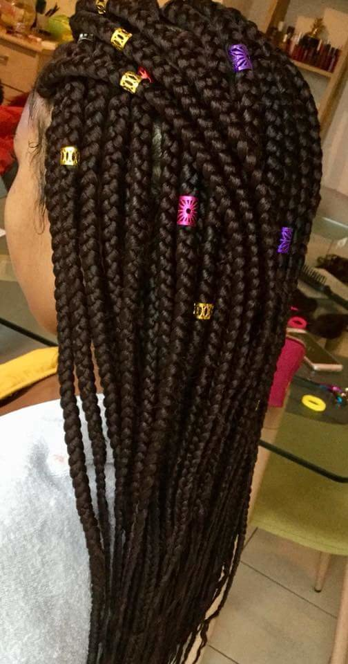 Braids tresses tissage pose de vernis semi-permanent couleur 20euro et