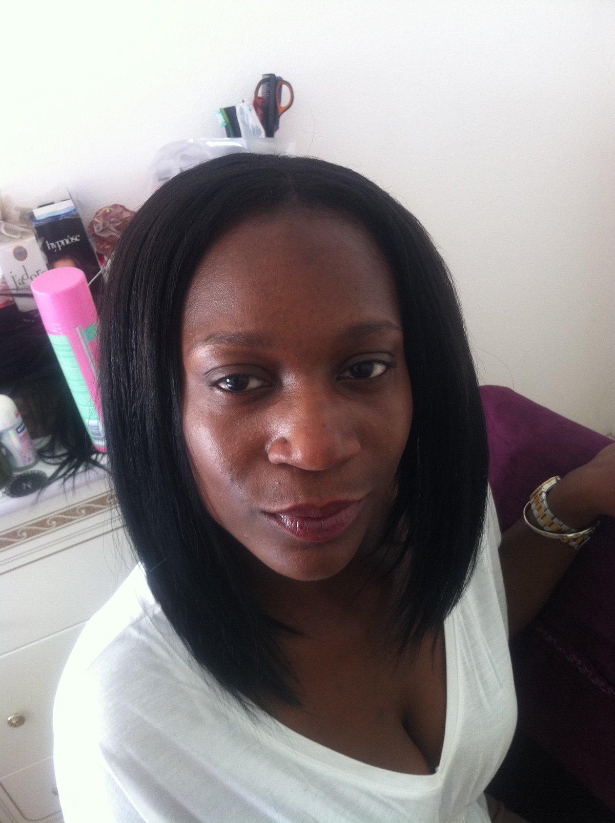 Carr plongeant id es coiffure afro tresses vanille tissage locks braids lissage - Coupe carre plongeant tissage ...