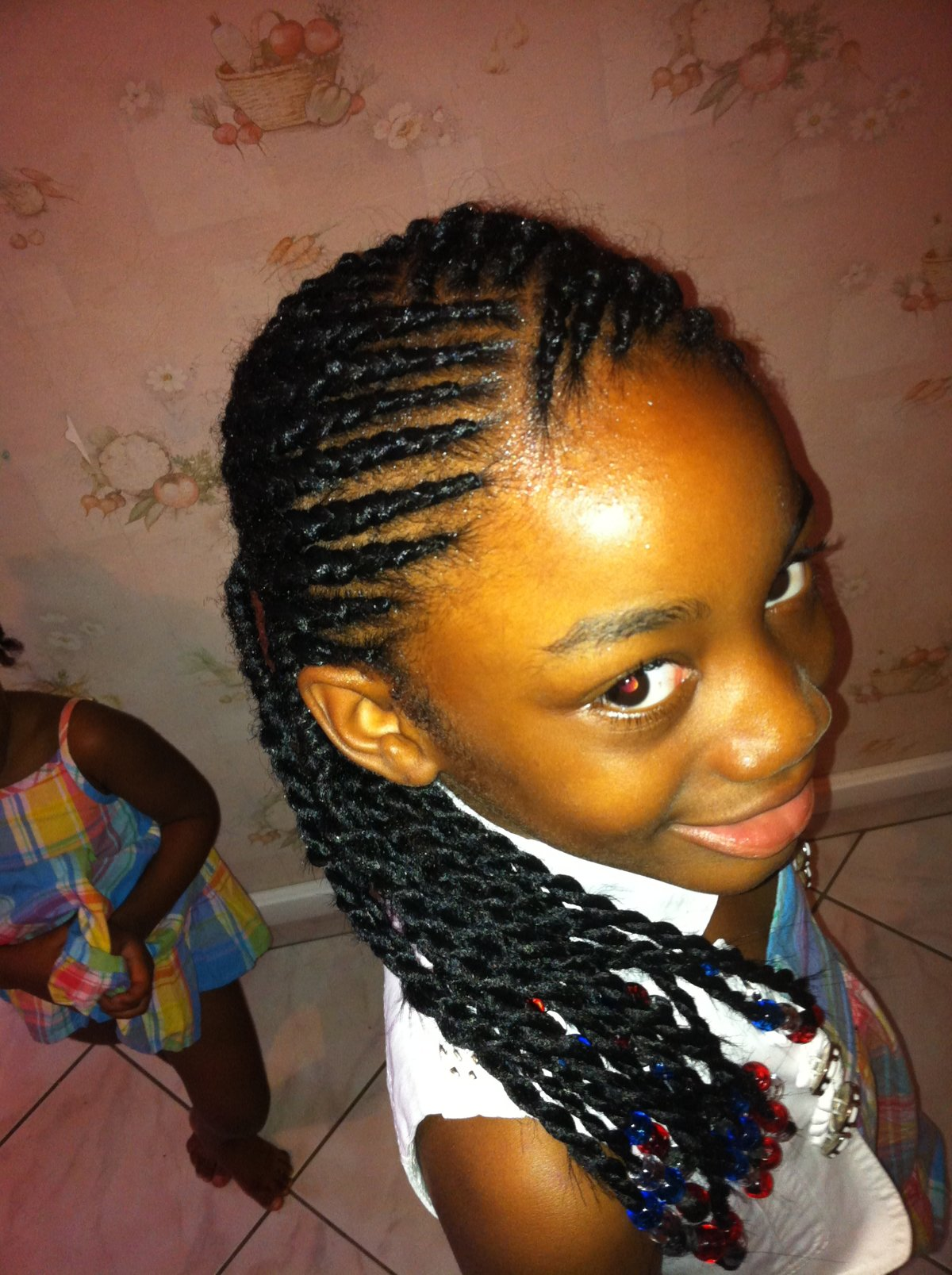 coiffure enfant id es coiffure afro tresses vanille tissage locks braids lissage. Black Bedroom Furniture Sets. Home Design Ideas