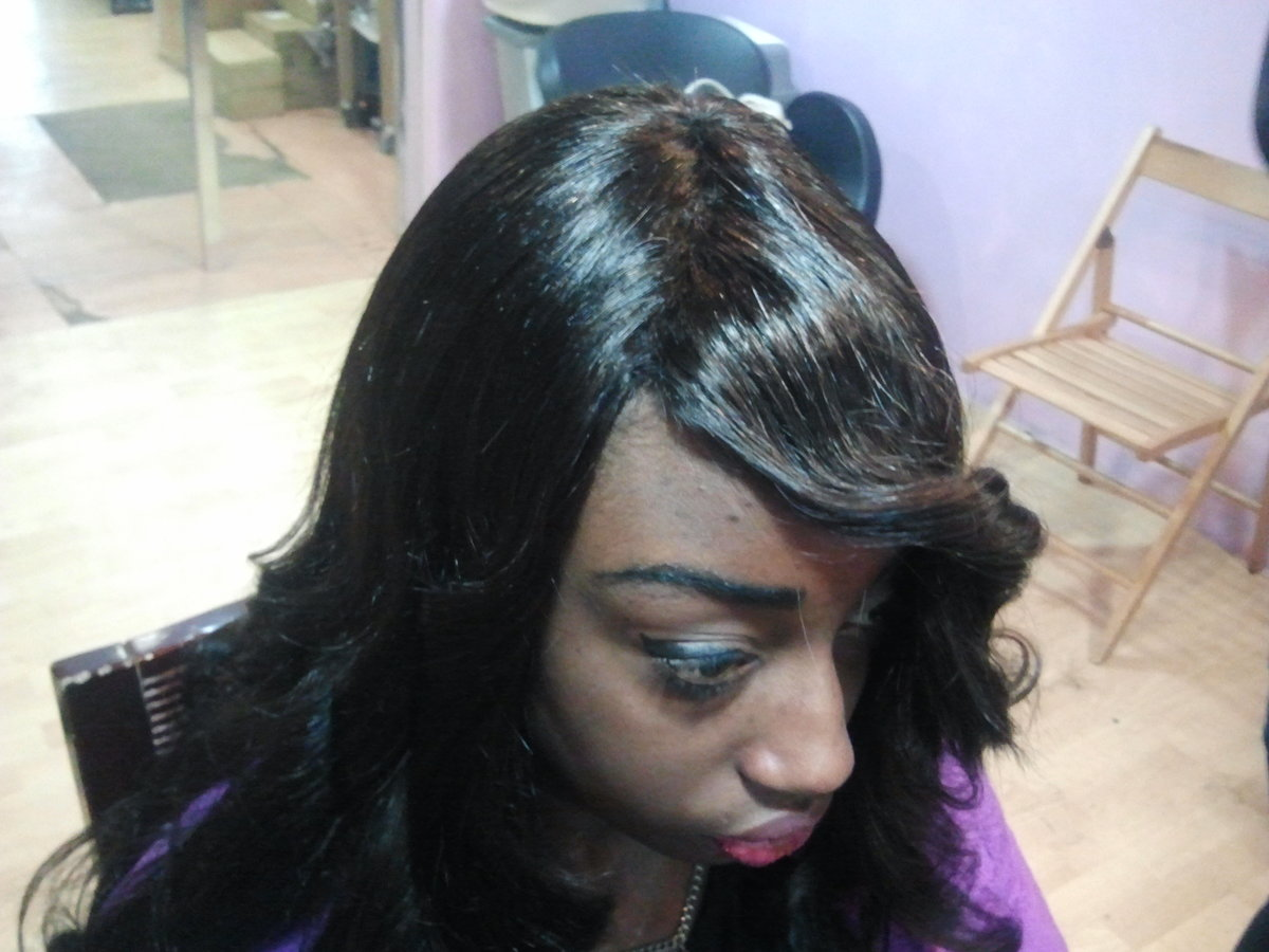 Pose de tissage id es coiffure afro tresses vanille - Salon de coiffure afro antillais pas cher ...