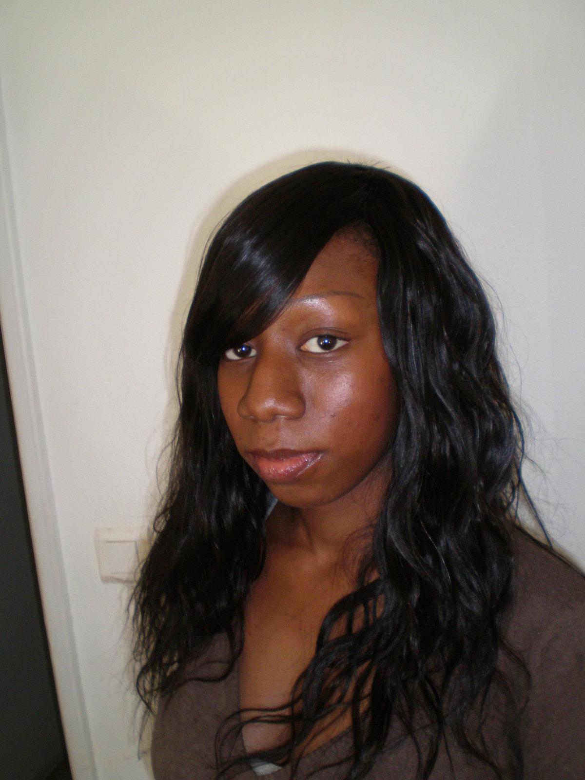 Tissage avec frange id es coiffure afro tresses vanille tissage locks braids - Coupe avec des meches africaine ...