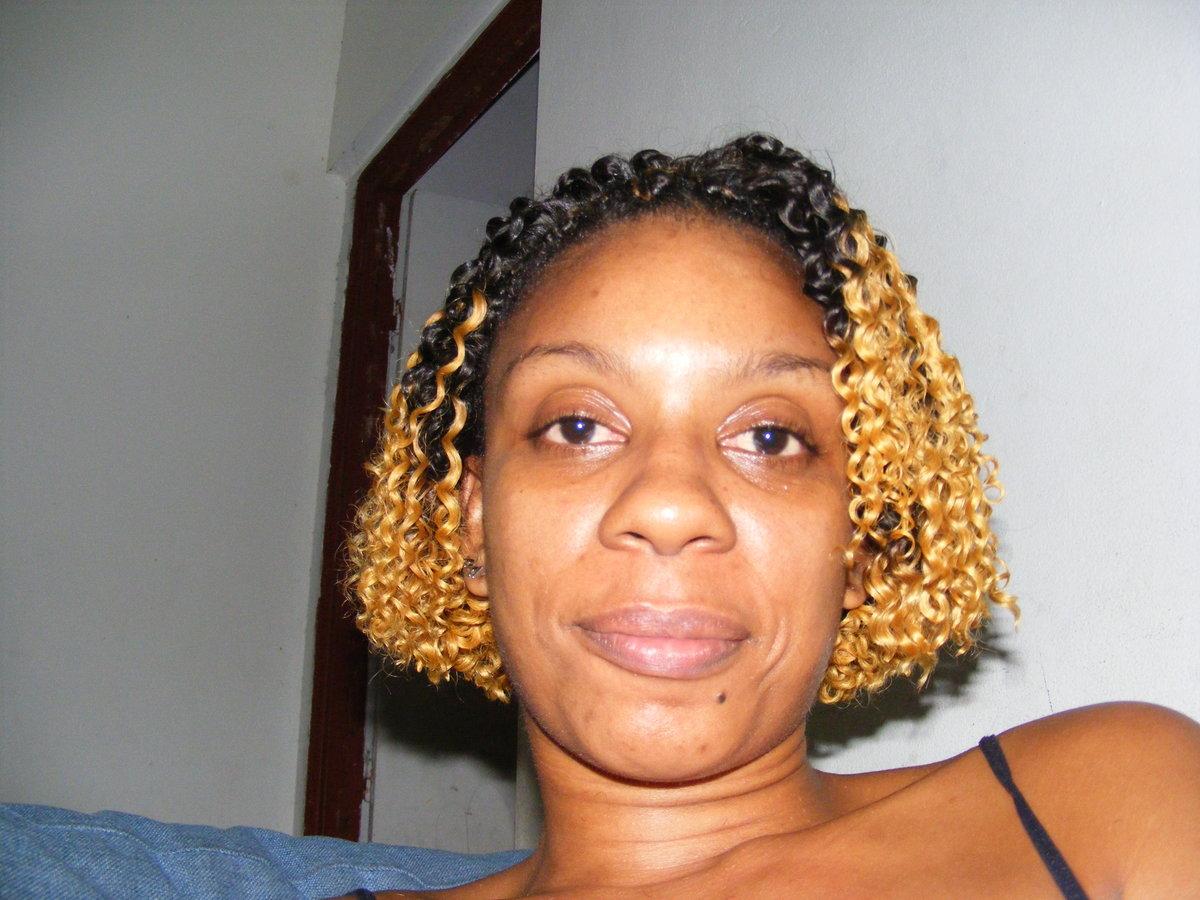 Tresses 3 Quart Droite Tissage Boucle Idees Coiffure Afro