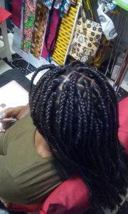 Tresses africaines box braids