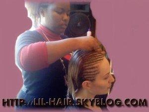 Tresses collées sur cheveux lisses
