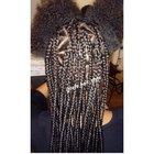Féfé hair style