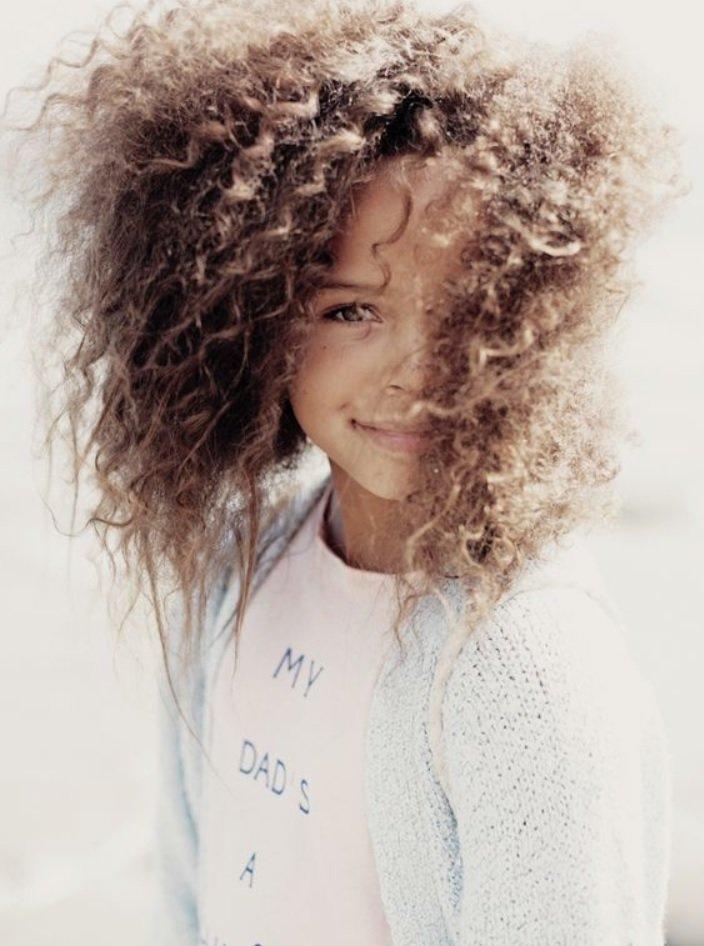 5 coiffures enfants simples et rapides magazine coiffure afro webzine tutos afro articles. Black Bedroom Furniture Sets. Home Design Ideas