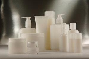 5 ingredients cosmétiques à éviter