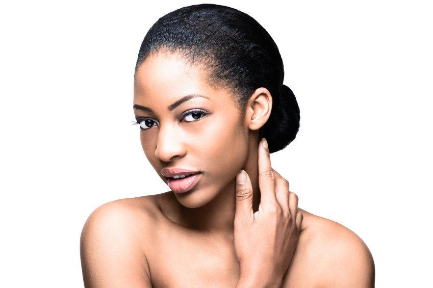 cheveux défrisés : le stretching